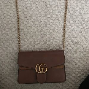 GG brown Shoulder bag with gold chain